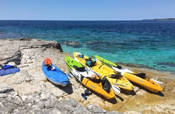 5 Things To Know Before Buying a Kayak